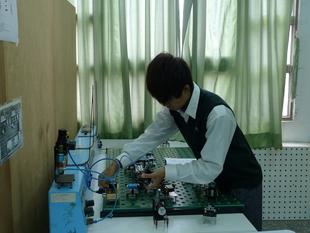 0328機電科氣壓實習