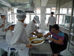 餐飲管理科-中餐烹飪實習