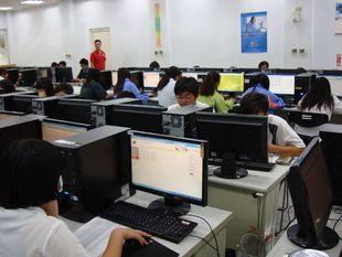 學生電腦線上實作