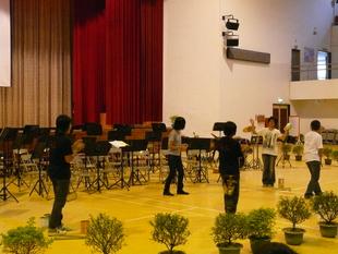 學生即興演出
