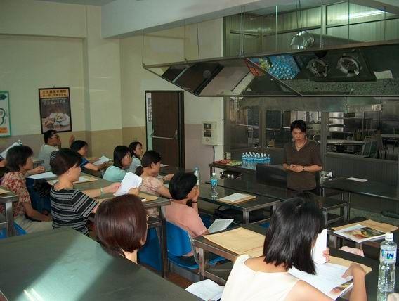 台中市國中餐旅種子教師研習活動活動照片1