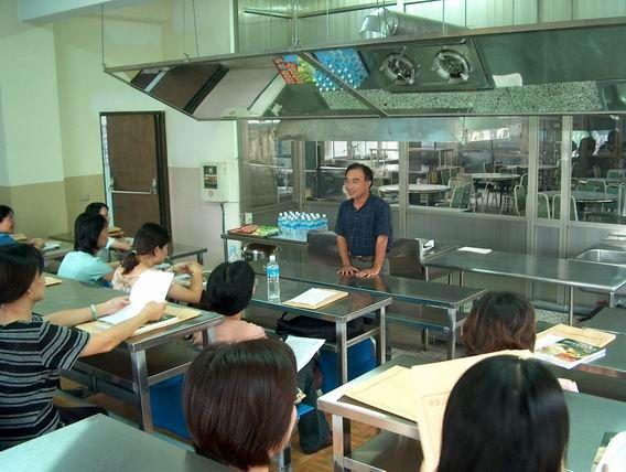 台中市國中餐旅種子教師研習活動活動照片2